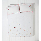 more details on Heart of House Petunia Floral Bedding Set - Double.